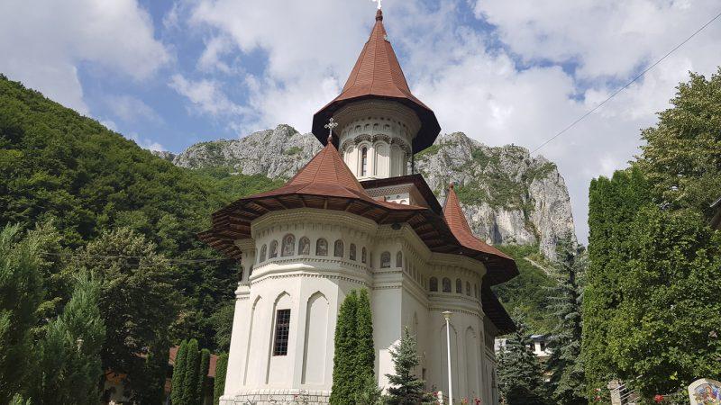 Liniștea dumnezeiască de la Mănăstirea Rîmeț