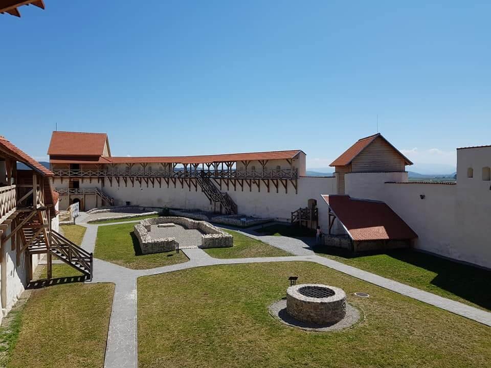 Pe urmele cavalerilor teutoni, la Cetatea Feldioara