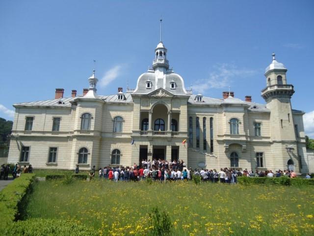 Palatul Ghica-Comănești