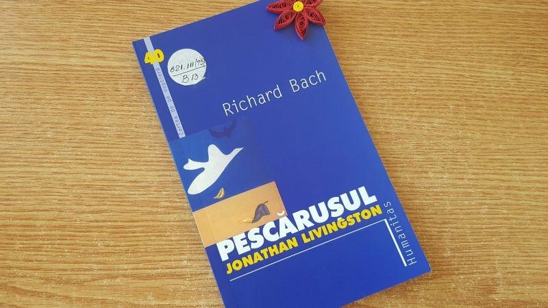 """""""Pescărușul"""" de Richard Bach"""